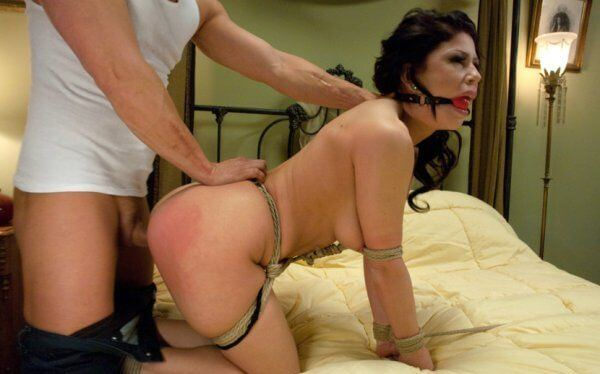fetischgirl-wird-beim-porno-sex-gefickt